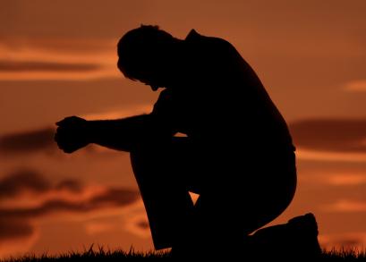 man_pray.jpg